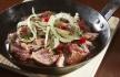 Saca Rolhas atum corado com cebola e pimento assado
