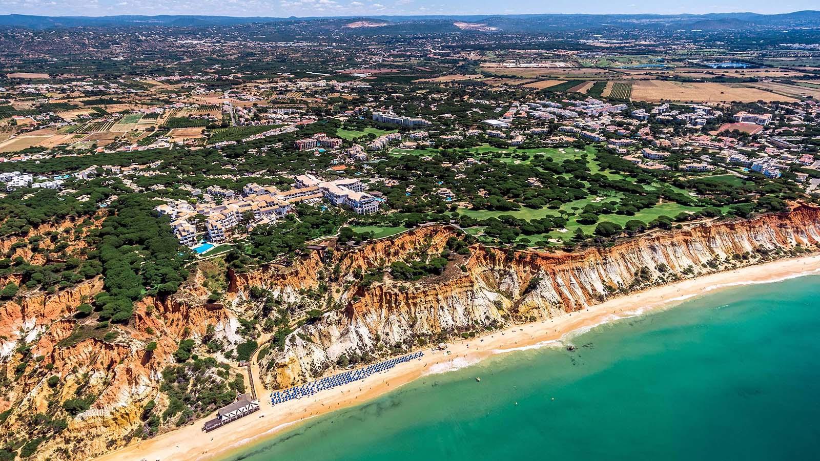 O Pine Cliffs Resort, o melhor resort de lazer de luxo do mundo