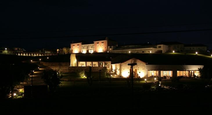 hotel casas novas noite 730