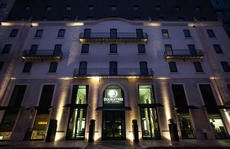 DoubleTree by Hilton Lisbon - Fontana Park 450