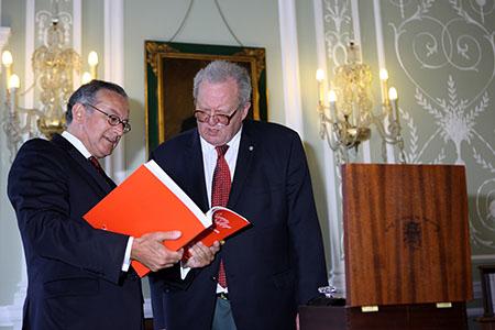 Manuel Cabral e Mathew Festing 450