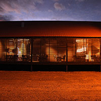 Restaurante Cais da Villa reabre renovado