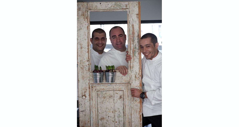 Restaurantes Tasca e Taberna da Esquina duplicam prémios no Brasil