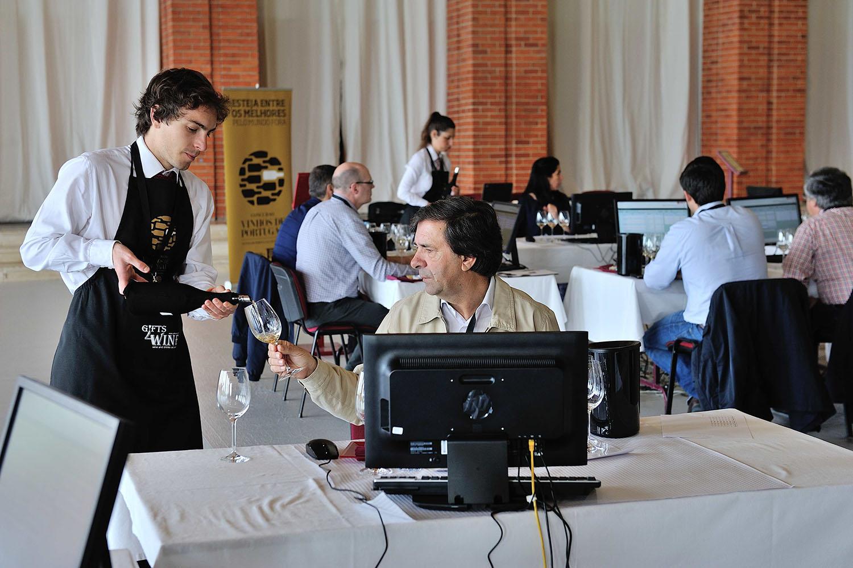 Concurso Vinhos de Portugal