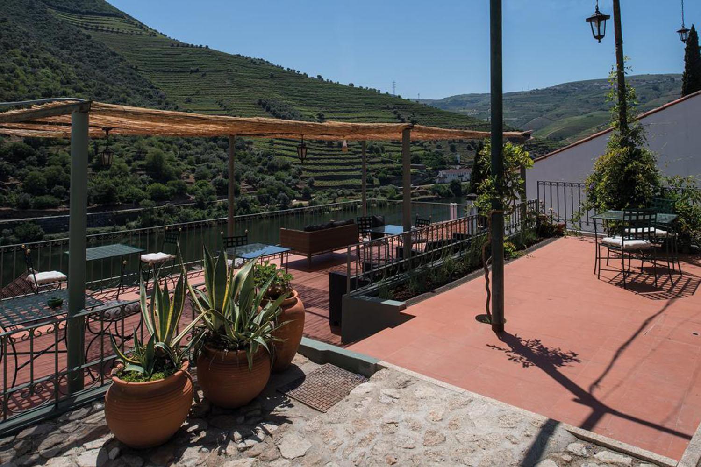 Quinta de la Rosa abre restaurante com vista privilegiada sobre o rio Douro