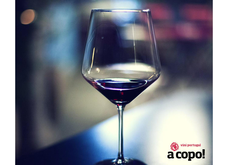 ViniPortugal com formação em serviço de vinhos para canal Horeca