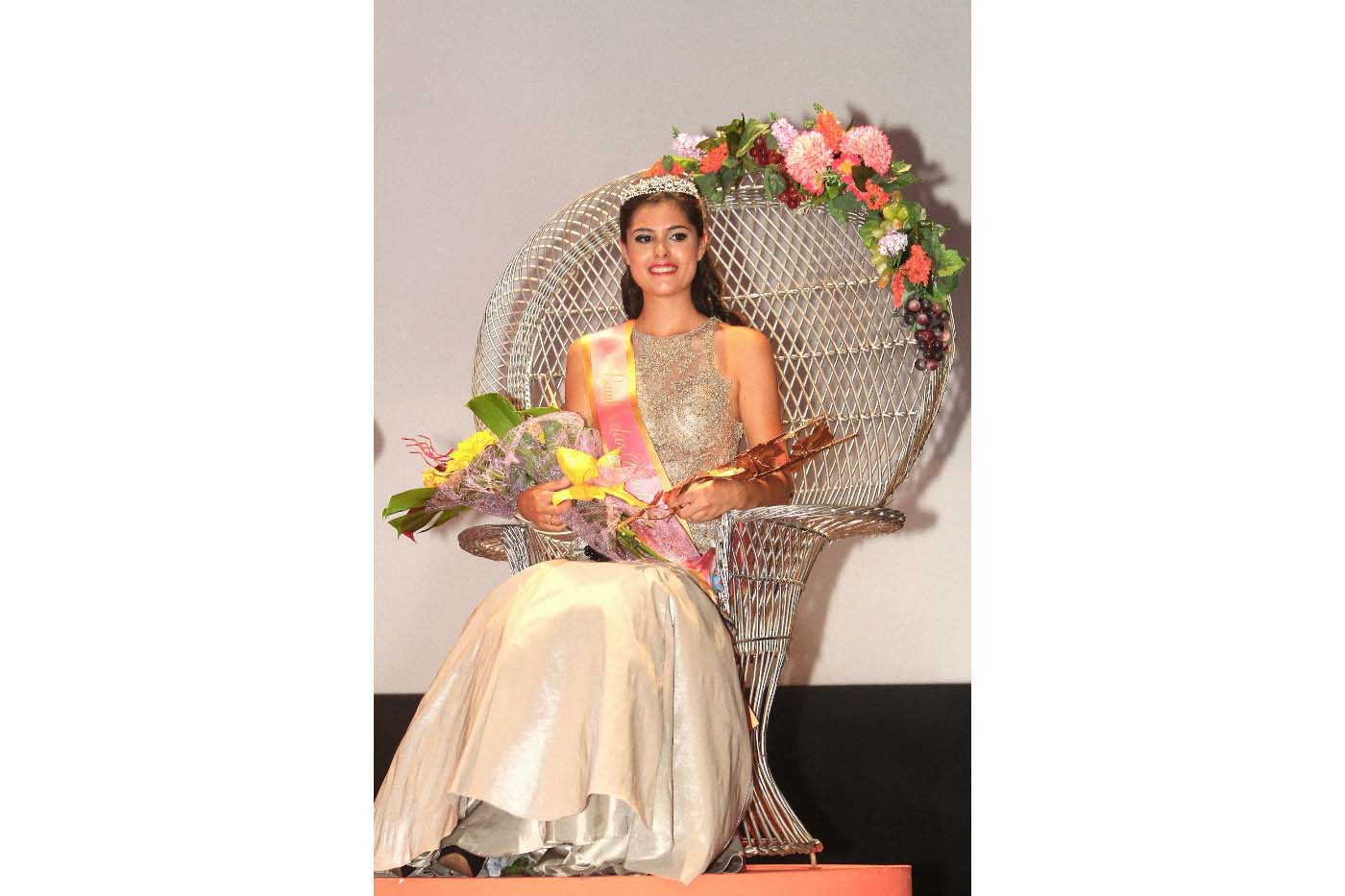 Rainha das Vindimas de Palmela 2016 disputa coroa nacional
