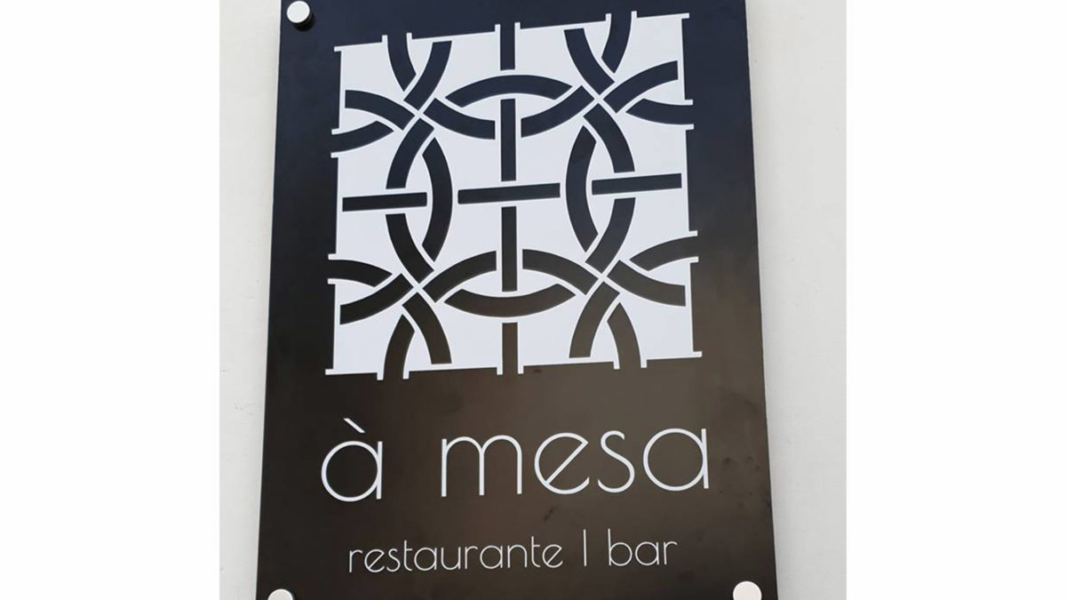 """À Mesa"" em Tavira"