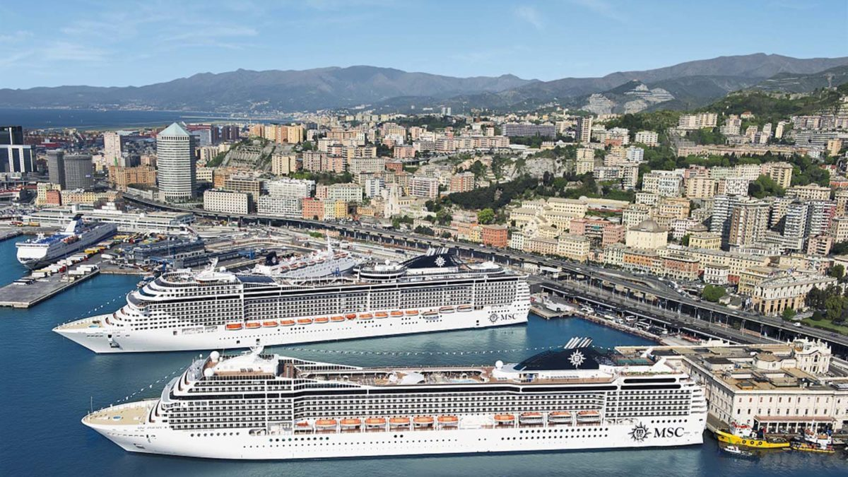 Cruzeiros com saída e chegada ao Funchal