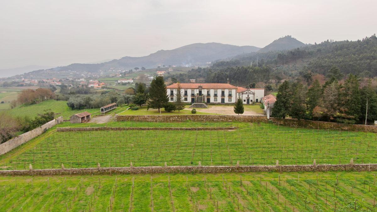 Grupo francês Roullier adquire Quinta do Hospital