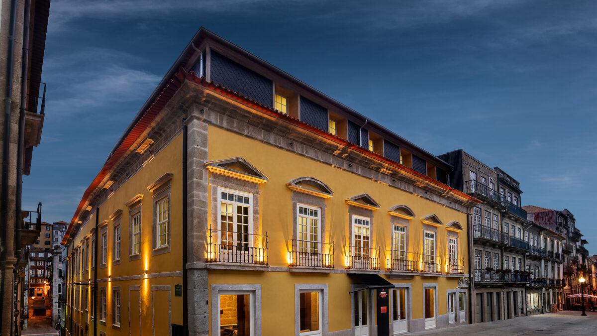 Nova Pousada de Portugal na Rua das Flores, no Porto